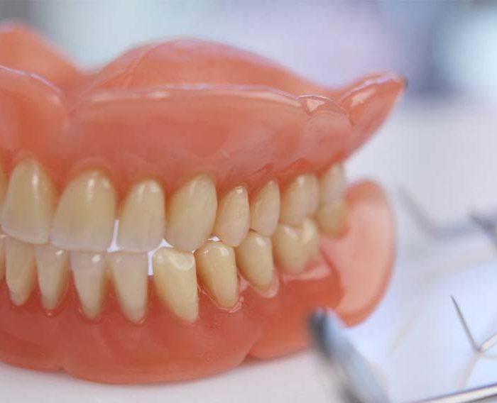 Протезирование зубов в СПб | Протезирование зубов в Красносельском районе | Цены на протезирование зубов в СПб